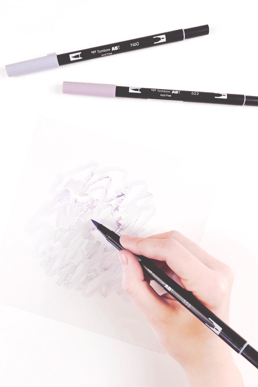 Bild 1-Mit Brushpens auf Folie malen